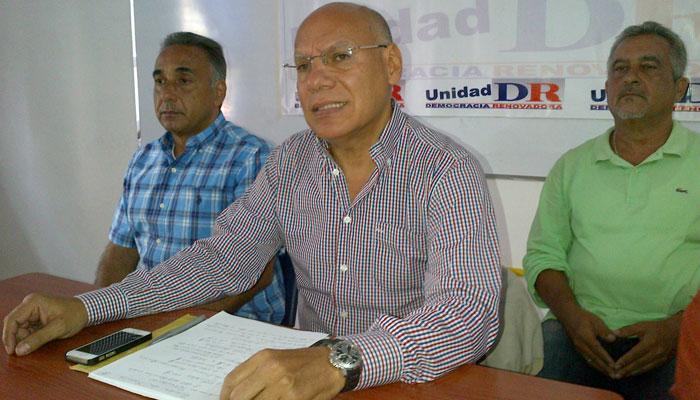 García: Ni el Psuv  ni la MUD le dan  respuestas al país