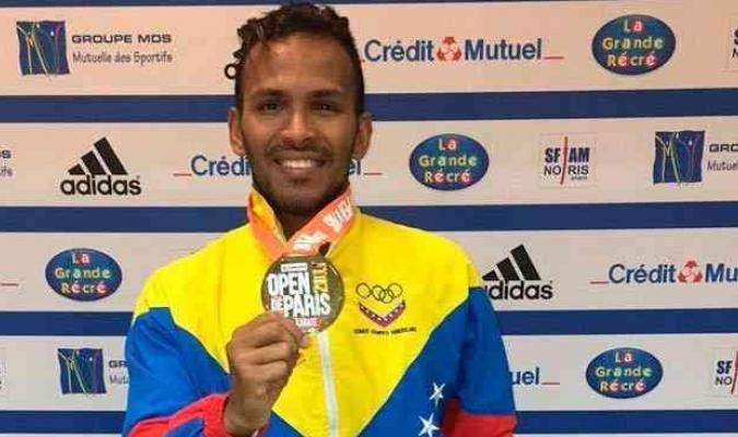 Andrés Madera  luchará en segundo abierto de Karate 1
