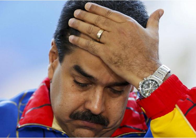 Una multitud de personas atacó a Maduro en San Félix
