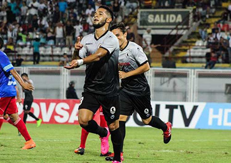 Zamora voltea la mirada a la Copa Libertadores