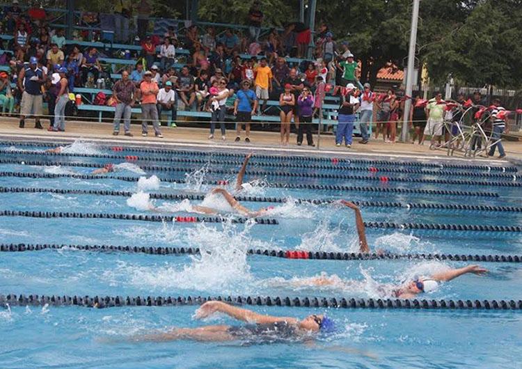 Campeonato regional de natación culminará hoy