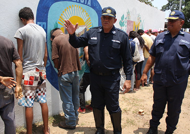 Policías estadales capturaron a ocho sujetos solicitados por el sistema judicial