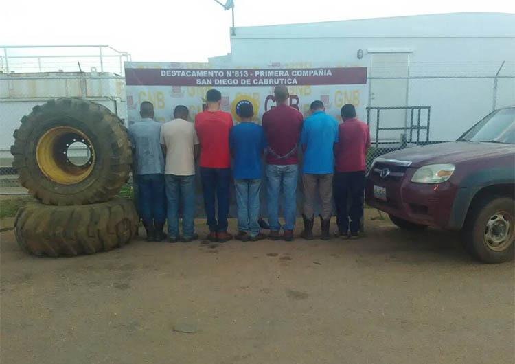 Capturaron a sexteto tras hurto en petrolera