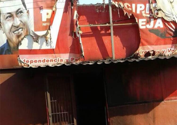 PSUV denunció quema de su sede en municipio Urbaneja