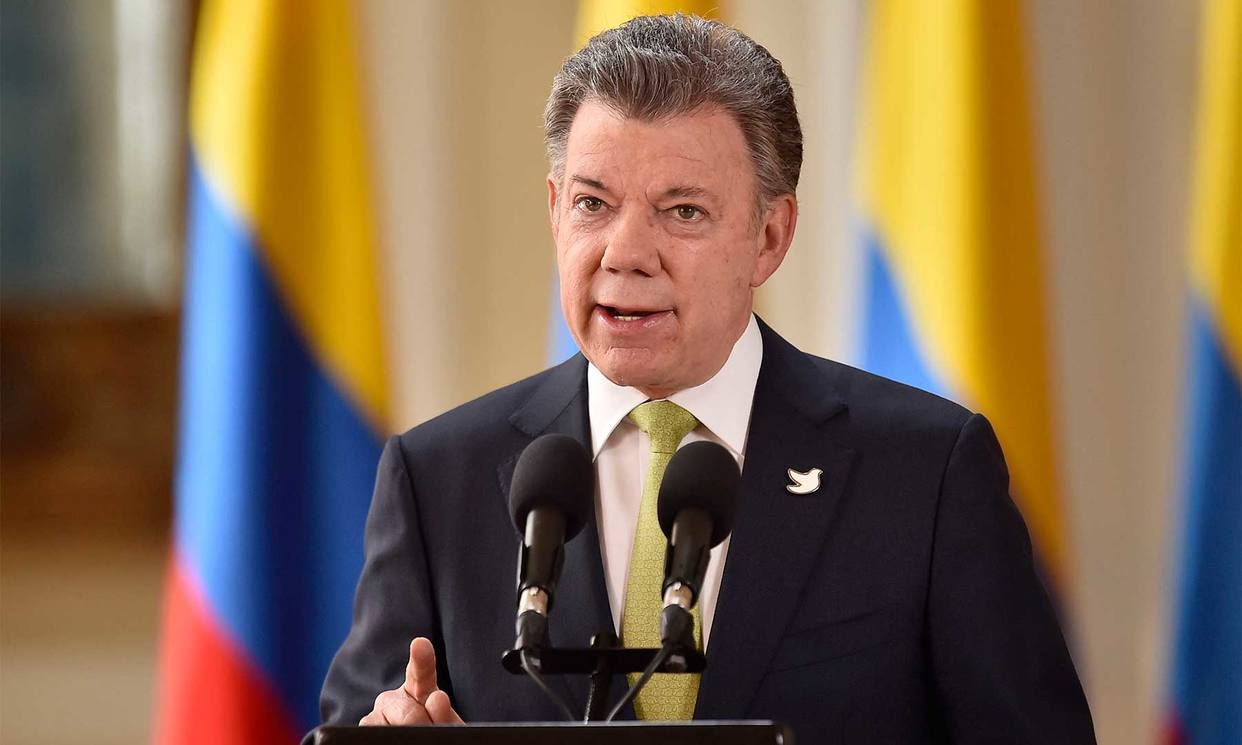 """Santos: """"Colombia afortunadamente tiene una democracia sólida"""""""