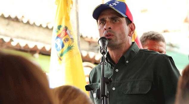 Evalúan medidas para revocar inhabilitación de Capriles