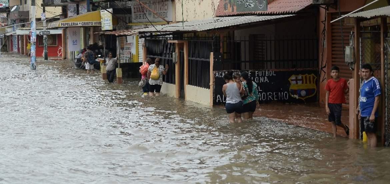 Inundaciones afectaron zonas  de Ecuador