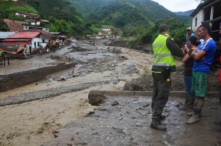 Más de 154 muertos y 174 heridos por avalancha en el sur de Colombia