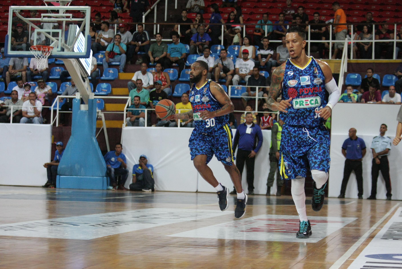 Marinos venció 85-78  a Trotamundos en el primer compromiso