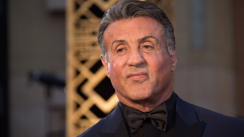 Sylvester Stallone demanda a los Estudios Warner
