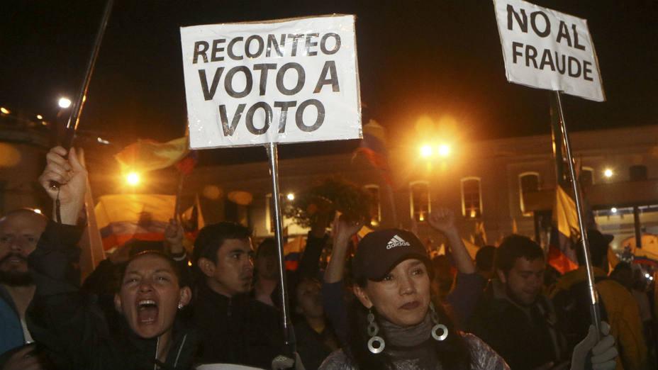 Rafael Correa le dice  «sí» al recuento de votos