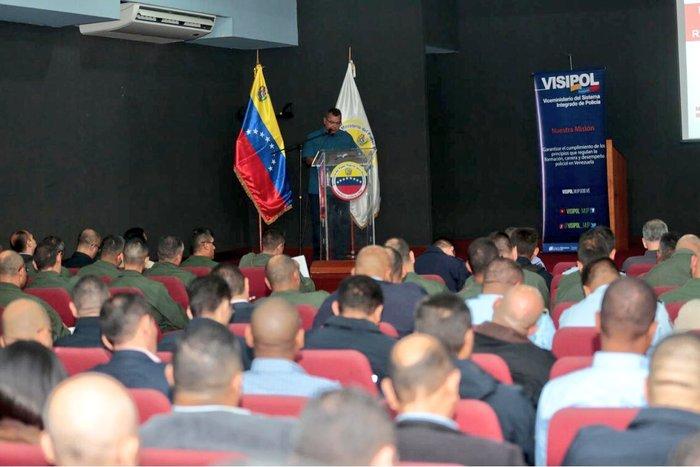 «Defenderemos al pueblo de Venezuela de los actos terroristas»