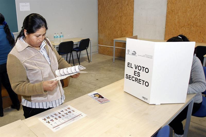 Elecciones Ecuador: 41% de los votantes han participado en los comicios hasta ahora