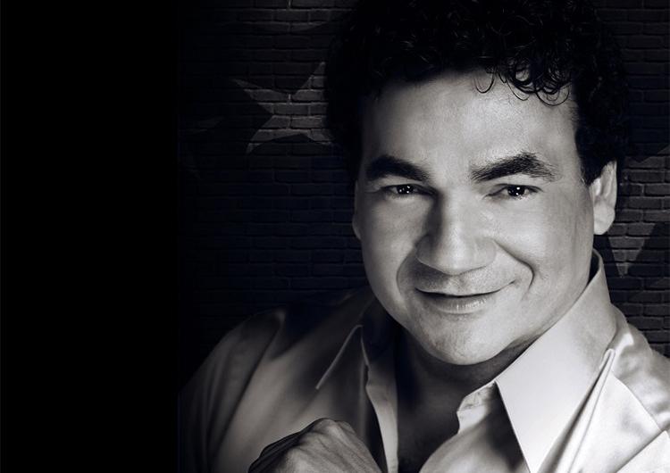 Juan Carlos Salazar busca rescatar la música criolla