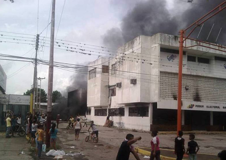 Disturbios en Barinas dejó dos muertos y destrozos