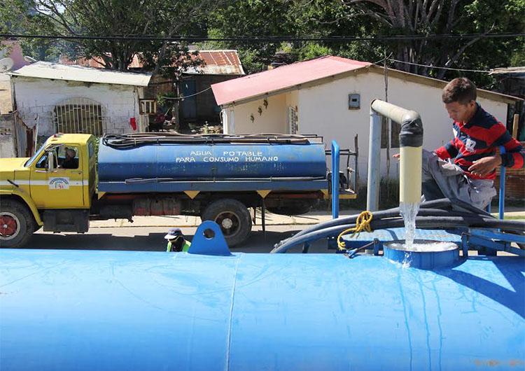 16 mil familias beneficiadas con suministro  de agua potable