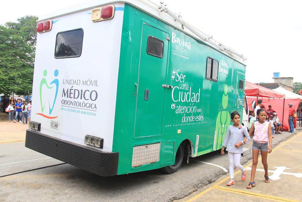 Salud Móvil ofrece atención gratuita a estudiantes