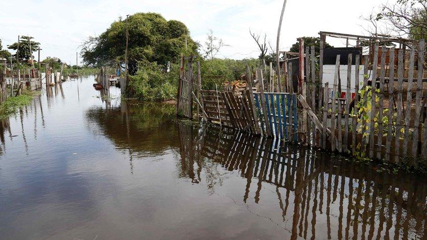 Inundaciones en Paraguay afectó a 35 mil personas y acopio de alimentos de la región