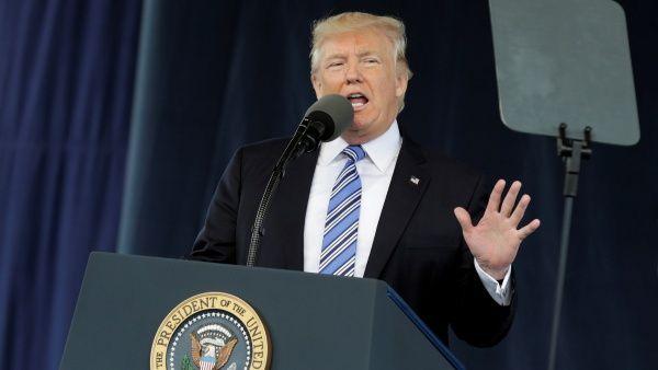Trump pide sanciones contra Corea del Norte por lanzar misil
