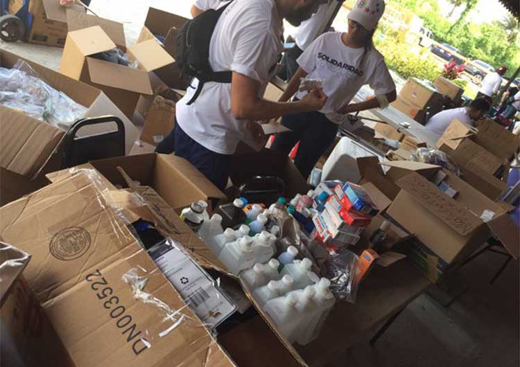 Venezolanos en Miami envían insumos al país