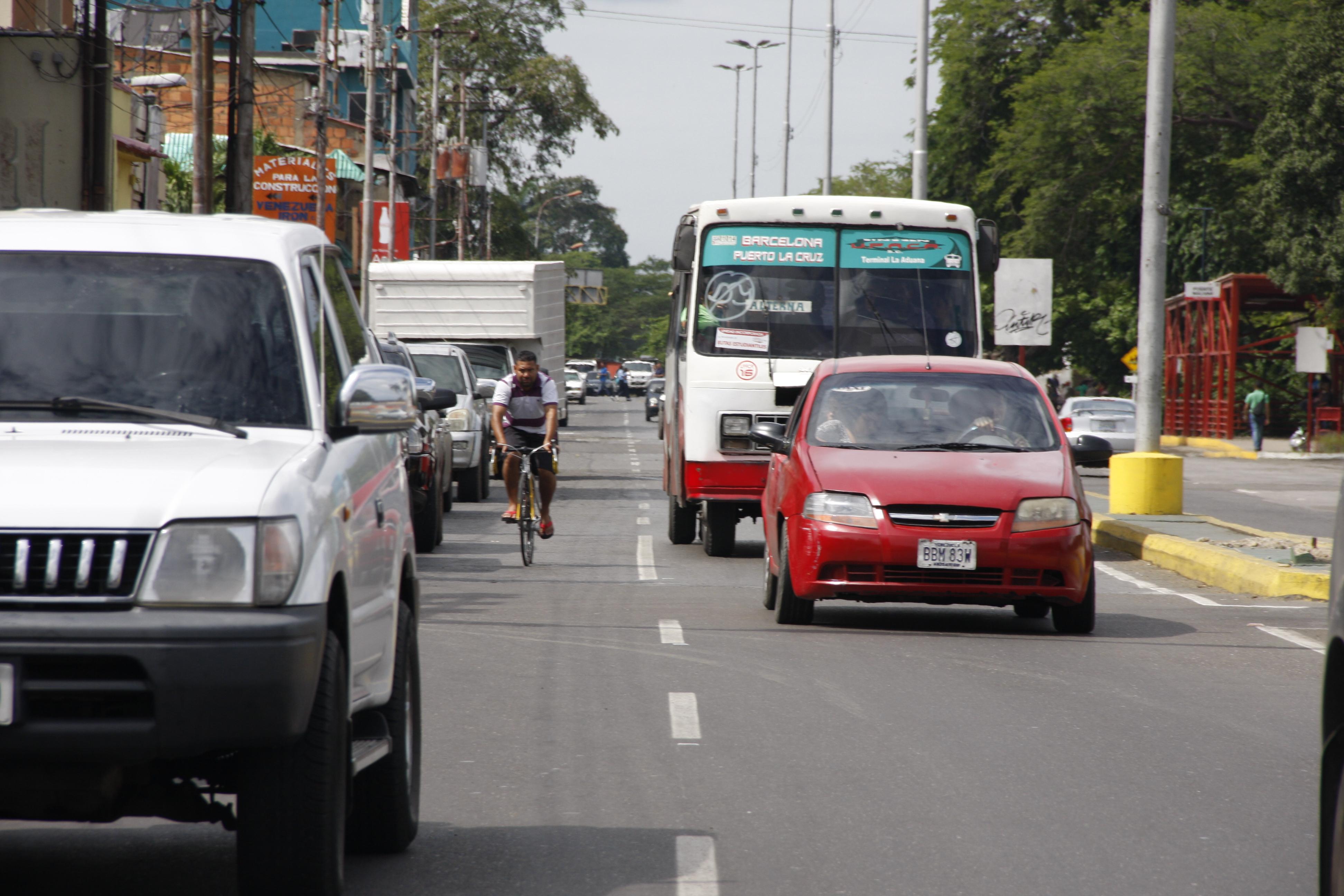 Transporte público opta por el uso de rutas alternas