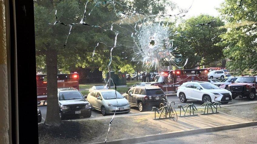 Un congresista republicano resultó herido en un tiroteo en EE. UU.