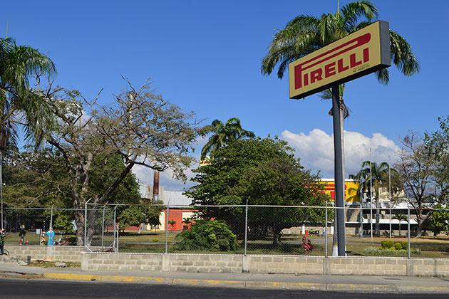 Pirelli y Colgate – Palmolive suspenden operaciones en Venezuela