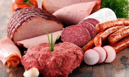 Consumir carne procesada puede estar relacionada con enfermedades mentales