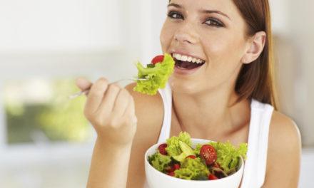 Cenar antes de las 9 de la noche previene el cáncer