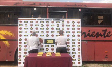 GNB incautó tres kilos de marihuana y detuvo a dos hombres