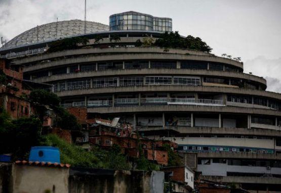 Denunciaron que varios presos políticos fueron sacados de El Helicoide