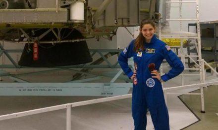 Adolescente de 17 años podría estar entre las primeras personas en pisar Marte