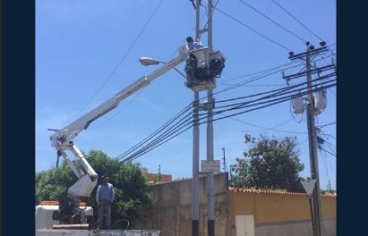 Sismo afectó 65% del servicio eléctrico en Lechería