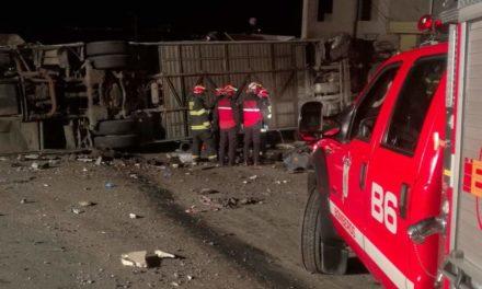 23 muertos, en su mayoría venezolanos y colombianos, dejó accidente en Ecuador