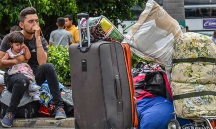260 venezolanos salen de albergue en Cali por problemas sanitarios