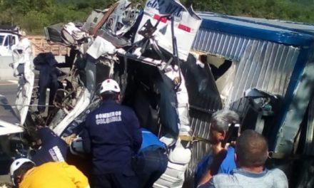 Ocho muertos y 14 heridos en accidente vial en Colombia