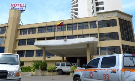 Hombre fue hallado muerto en foso de ascensor del hotel Rasil