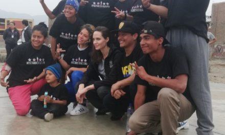 Angelina Jolie visita Perú para reunirse con refugiados venezoloanos