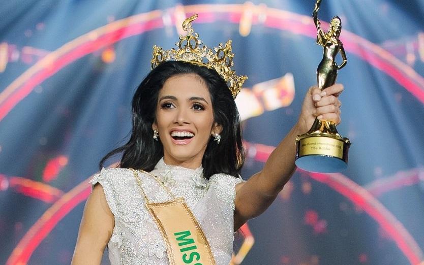 Candidata de Paraguay se desmayó al ganar el Miss Grand Internacional 2018
