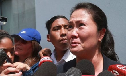 Detienen a Keiko Fujimori por cargos de lavado de activos en Perú
