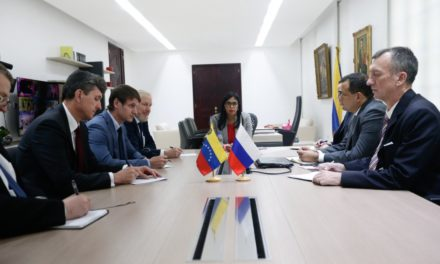 Venezuela y Rusia afianzan lazos para mejorar programa de recuperación económica