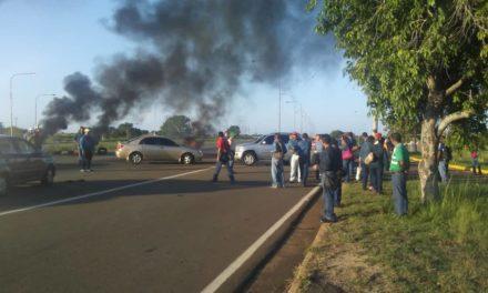 Trabajadores de Sidor protestan por segunda semana en Guayana