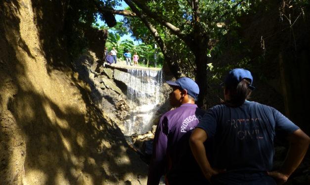 PC Sotillo realiza inspecciones tras ruptura en el canal de Caratal