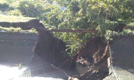 Deslizamiento de tierra ocasionó fractura en el canal de Caratal