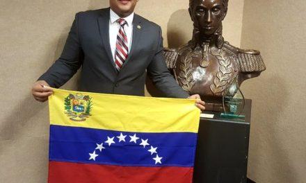 Venezolano es reconocido como héroe por sus esfuerzos sobresalientes en EE.UU.