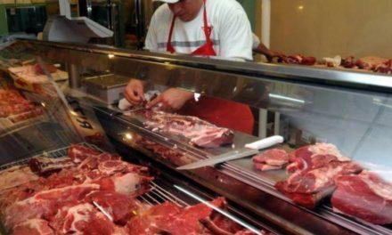 Ganaderos alertan que suministro de carne cayó 85% y precios aumentaron 300%