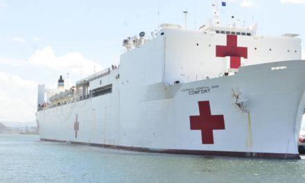 Buque de EE.UU. cruza Panamá para atender a migrantes venezolanos