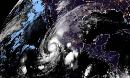 Huracán Willa alcanza categoría 5 al acercarse a México