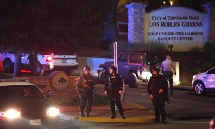 Al menos 12 muertos dejó un tiroteo en un bar de California