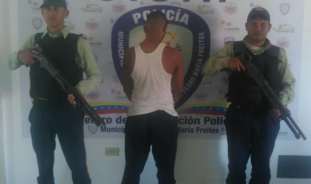 Polifreites captura a un solicitado por homicidio